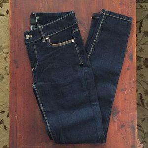 Skinny Jeans - Dark Wash